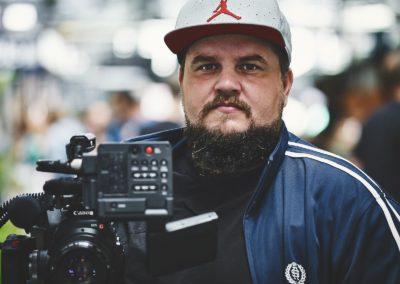Nicolai-Brix-headshot-portraet-filmplus-farve